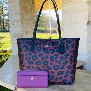 NWT Coach leopard reversible tote&wallet set
